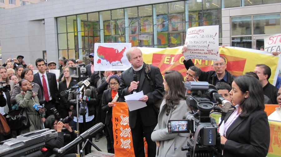 Lutheran pastor Gary Mills spoke during a rally against the Arizona immigration law in downtown Manhattan.