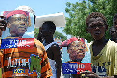 Haitians show their support for exiled leader Jean-Bertrand Aristide