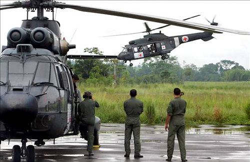 Helicopters during a humanitarian mission in Colombia. Photo by Globovisión.