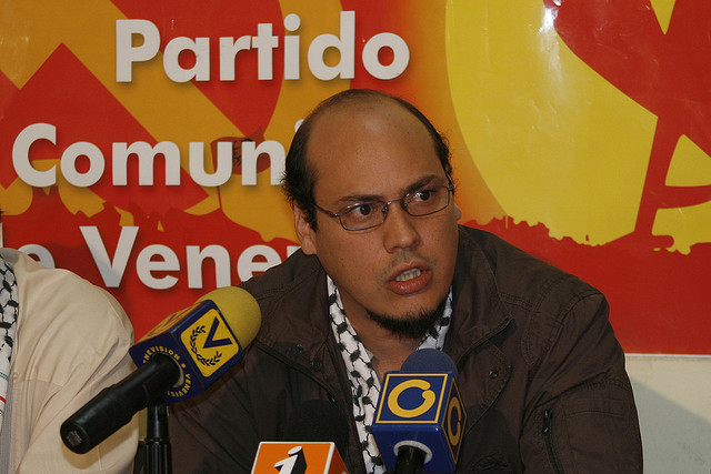 Carlos-Aquino
