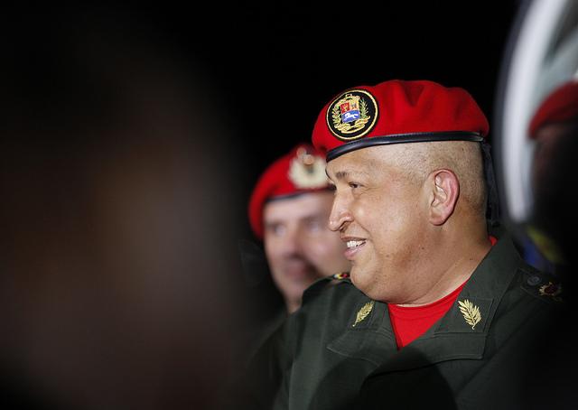 Hugo Chávez, regresó a Venezuela a primeras horas de este domingo.