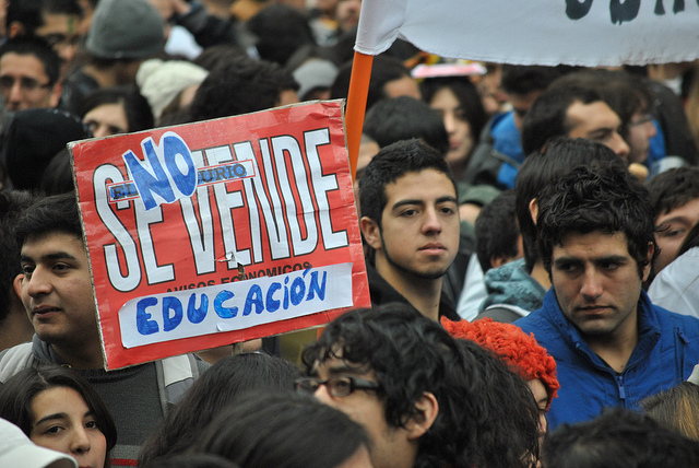 Chilean Student Protesters Vow to Continue Marches