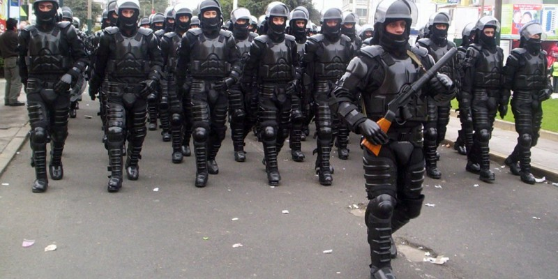 Peruvian national police in riot gear,. (Image: Miguel Vera León, CC BY SA 2.0)