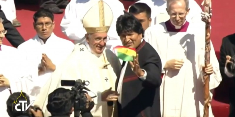 Pope Francis and Bolivian President Evo Morales in Santa Cruz, Bolivia. (Image: Vatican, public domain.)