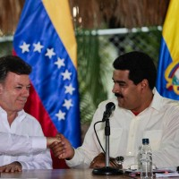 Santos and Maduro in 2013. (Image: Government of Venezuela.)