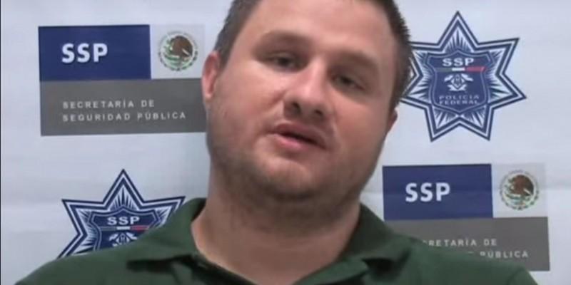 """Édgar Valdez Villarreal, known as """"La Barbie,"""" after his 2010 arrest. (Image: YouTube, screenshot.)"""