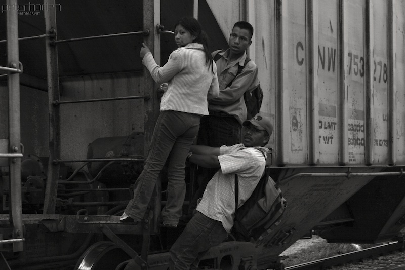 Central American migrants en route to the United States. (Image: Peter Haden, CC BY 2.0)