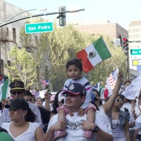 Mexican immigrants march in 2006 for more rights in Northern California's largest city, San Jose. (Image: z2amiller, CC BY-SA 2.0)