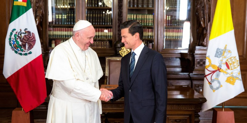 Pope Francis and Mexican President Enrique Peña Nieto on Saturday (Image: Government of Mexico)