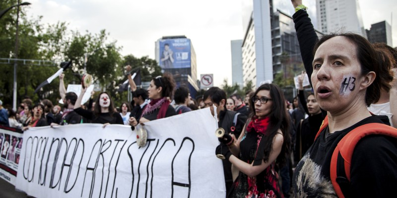 Protest in Mexico City over the case of the missing 43 students. (Image: Somos el Medio/Flickr, CC BY 2.0)