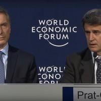 Argentine President Mauricio Macri and Economy Minister Alfonso Prat-Gay. (Image: World Economic Forum/YouTube