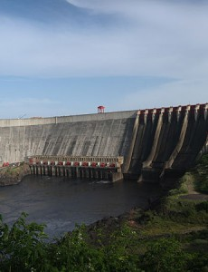 The Guri Dam, one of Venezuela's largest hydroelectric dams. (Image: Enrique Rodriguez Bencomo/Wikimedia Commons, CC BY-SA 3.0)